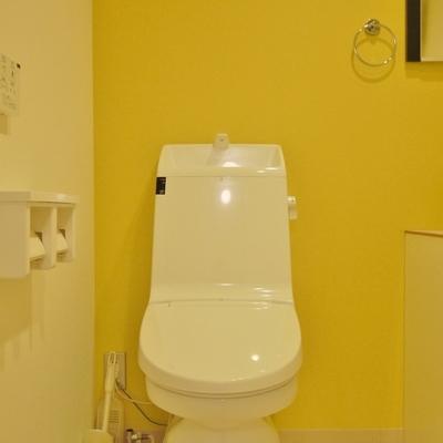隣にはウォシュレット付きおトイレ。※写真は前回掲載時のもの