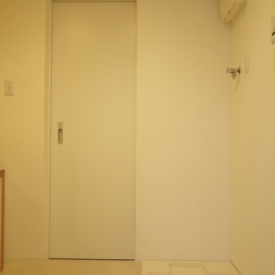 洗面所は広めいです。※写真は前回掲載時のもの