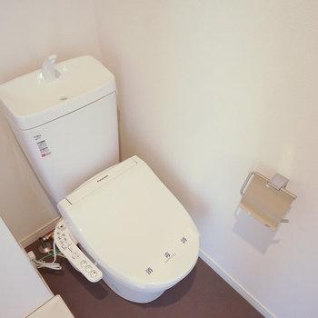 ウォシュレット付きの新品トイレ◎