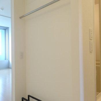 既存の収納はここだけです※写真は3階の同間取り別部屋のものです
