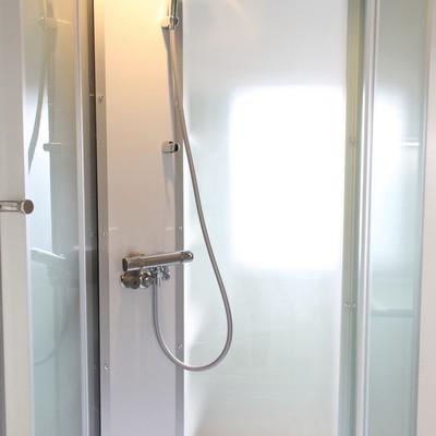 近未来っぽいシャワールーム※写真は前回募集時のものです
