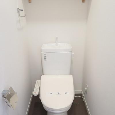 新品トイレはウォシュレットも※写真はイメージです