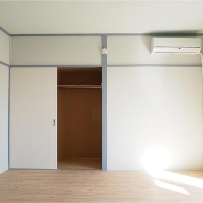 収納は押入れサイズでゆったり※写真は5階の同間取り別部屋のものです