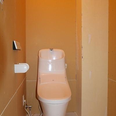 トイレがけっこう広い!