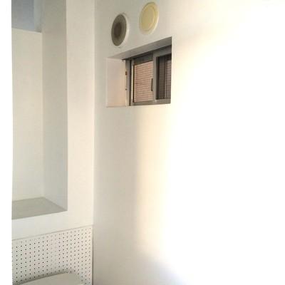 トイレ上には小さな小窓※写真は前回募集時のものです