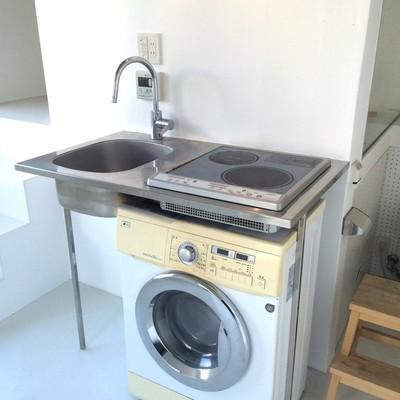 小さいながらもIH2口のキッチン※今回の募集にドラム式洗濯機はつきません