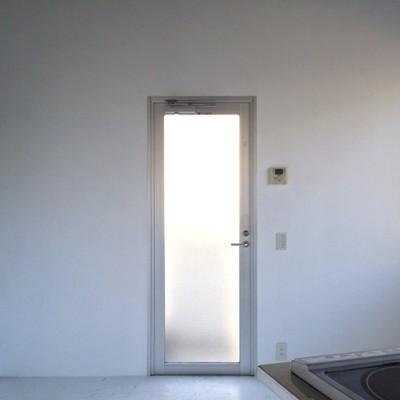 フラットな玄関※写真は前回募集時のものです