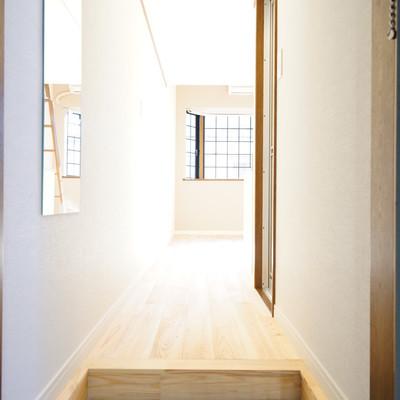 玄関もTOMOSらしいかわいい白タイルで♪※写真は同タイプのお部屋
