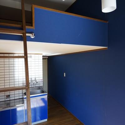 ロフト付きなので天井が高い※写真は工事前です