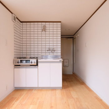 キッチンが角にすっぽり!※写真は清掃前になります