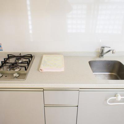 調理スペースはゆったりですね。