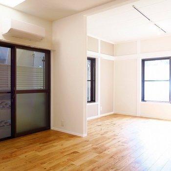 【1階】広々ダイニングキッチンがいいですね〜