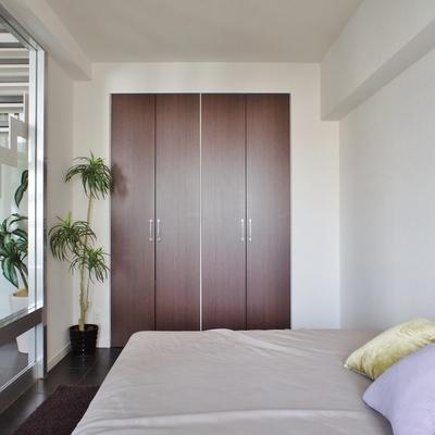 収納もあります。※モデルルームになります、家具等はサンプルです