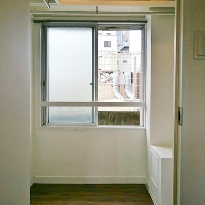 ウォークインCLには窓があって明るい!※写真は前回掲載時のものです。