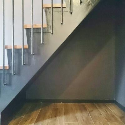 階段下には荷物が置けそう!※写真は前回掲載時のものです。
