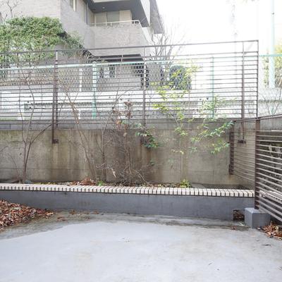 大きなルーフバルコニー※写真は工事前