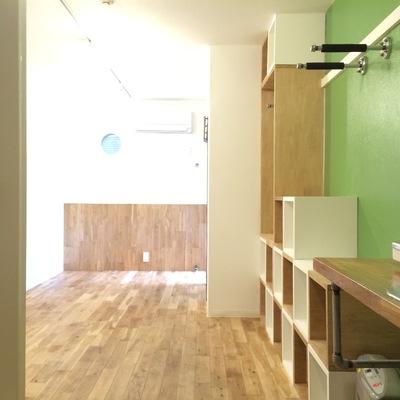玄関から撮影したお部屋です。※写真は前回募集時のものです。