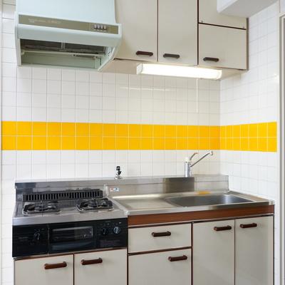 システムキッチン(風)で調理スペースも確保!※写真は前回掲載時のものです。