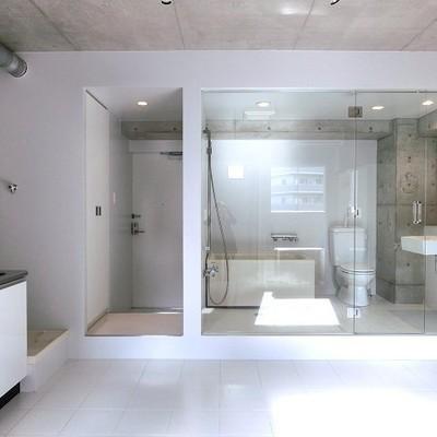 バスルーム解放区