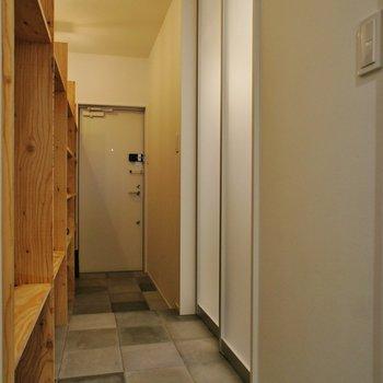 廊下へ。ここは土間