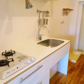 キッチンも二口ガスコンロでお料理好きにもうれしい!