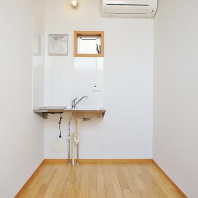 3階にキッチン。窓もあるんですね※写真は前回募集時の写真です