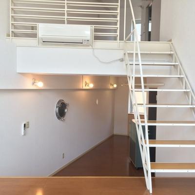 階段のぼってまた階段