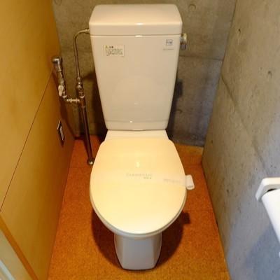 トイレは脱衣所と同じ場所。※写真は前回募集時のものです。