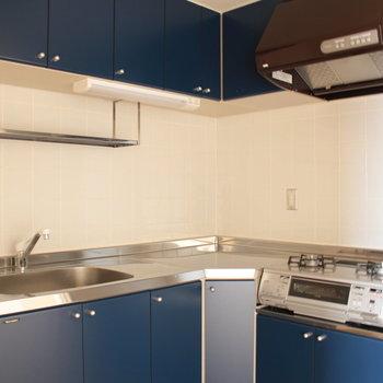 キッチンはこちら※写真は4階の同間取り別部屋のものです