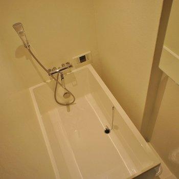 お風呂はコンパクト!※写真は前回募集時のものです