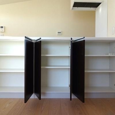 キッチンの収納もたっぷり※写真は別室です