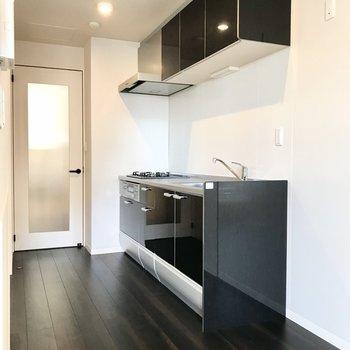 【LDK】調理スペースにはゆとりがありますね。
