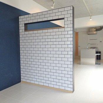 逆サイドからも見てみましょう。※壁の色は白色に変更しております