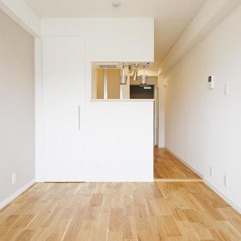 すーっと伸びる床がとてもきれい〇※写真は前回募集時のものです