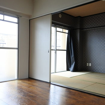 和室との仕切は引き戸になっています。