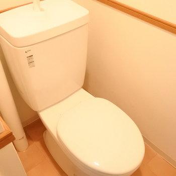 トイレはしっかり個室があります。