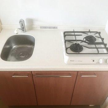 やっぱり可愛いキッチンは2口コンロ。