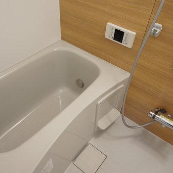 [afterイメージ]お風呂も新しく、しかも追い焚きつきです。