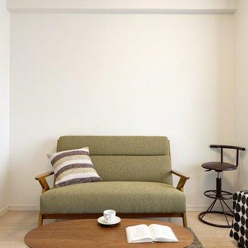 ここにソファを置いてくつろぎたいですね。※ 家具はサンプルです。インテリアのご参考にどうぞ
