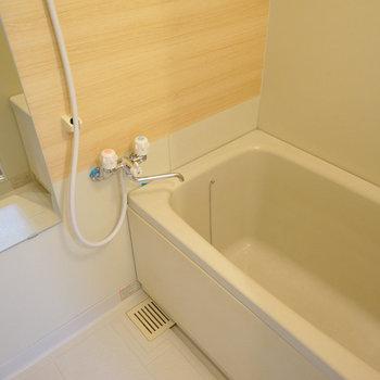 お風呂はアクセントを貼って綺麗に! ※前回募集時の写真