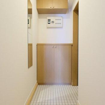 玄関には全身鏡を!※写真は前回募集時のものです