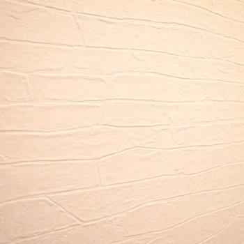 廊下のクロスは石造りのようです。