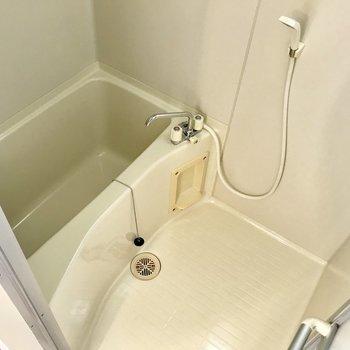 お風呂はコンパクトに。