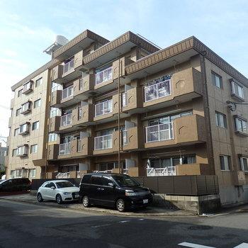5階建てのレトロマンション