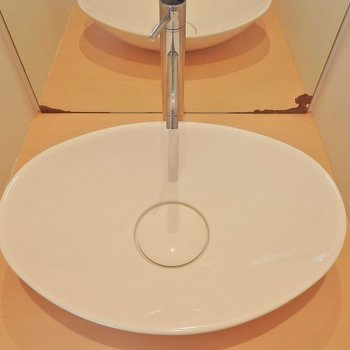 洗面ボールも楕円でかわいいね!