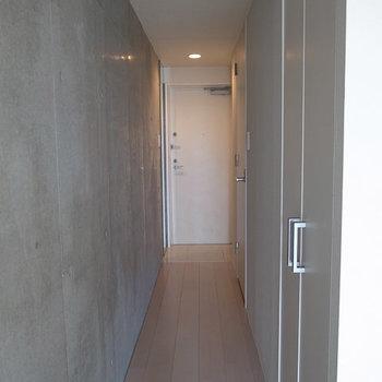 廊下部分。※写真は3階の同間取り別部屋です。