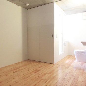 水回り空間です※写真は別部屋