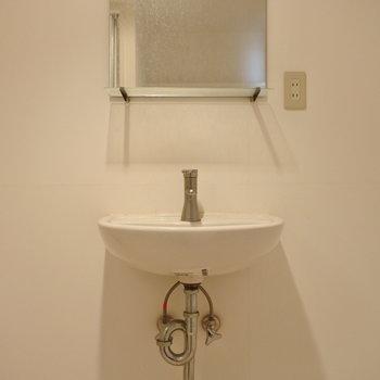 洗面はシンプルでお洒落に。