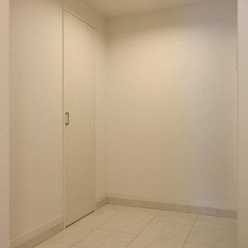 この玄関の広さ、たまらん!!