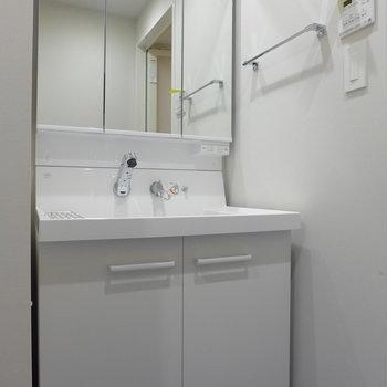 洗面台も広め※写真は前回募集時のものです